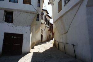 Rue à Veles.