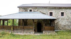 Црквата_во_Осој