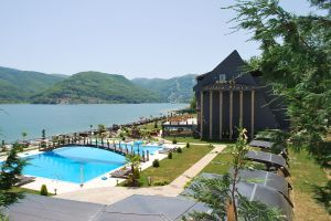 Hotel_Golden_Place_-_Mavrovo_(12)