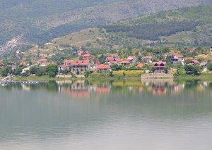 Tikvesh_lake_3