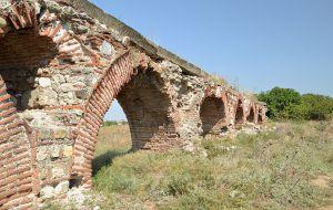 Aqueduc ruines
