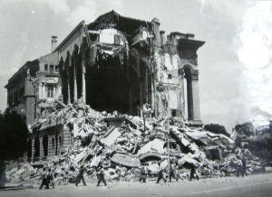 Ruines Maison des Officiers